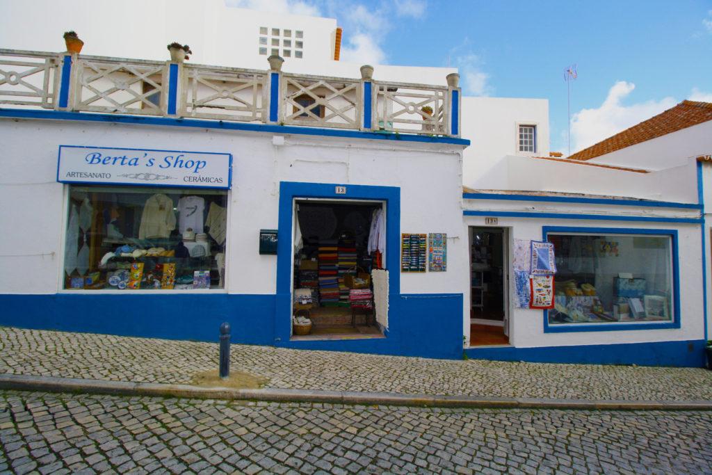 Berta's Shop - Artesanato e Souvenirs