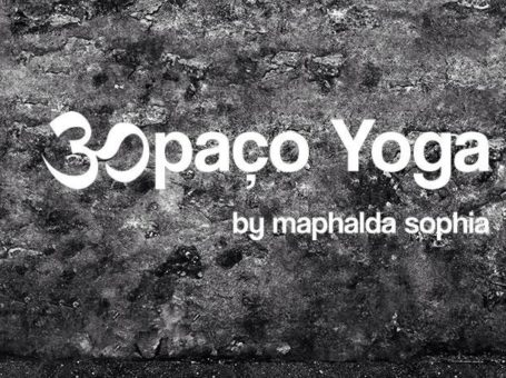 Espaço Yoga by Maphalda Sophia