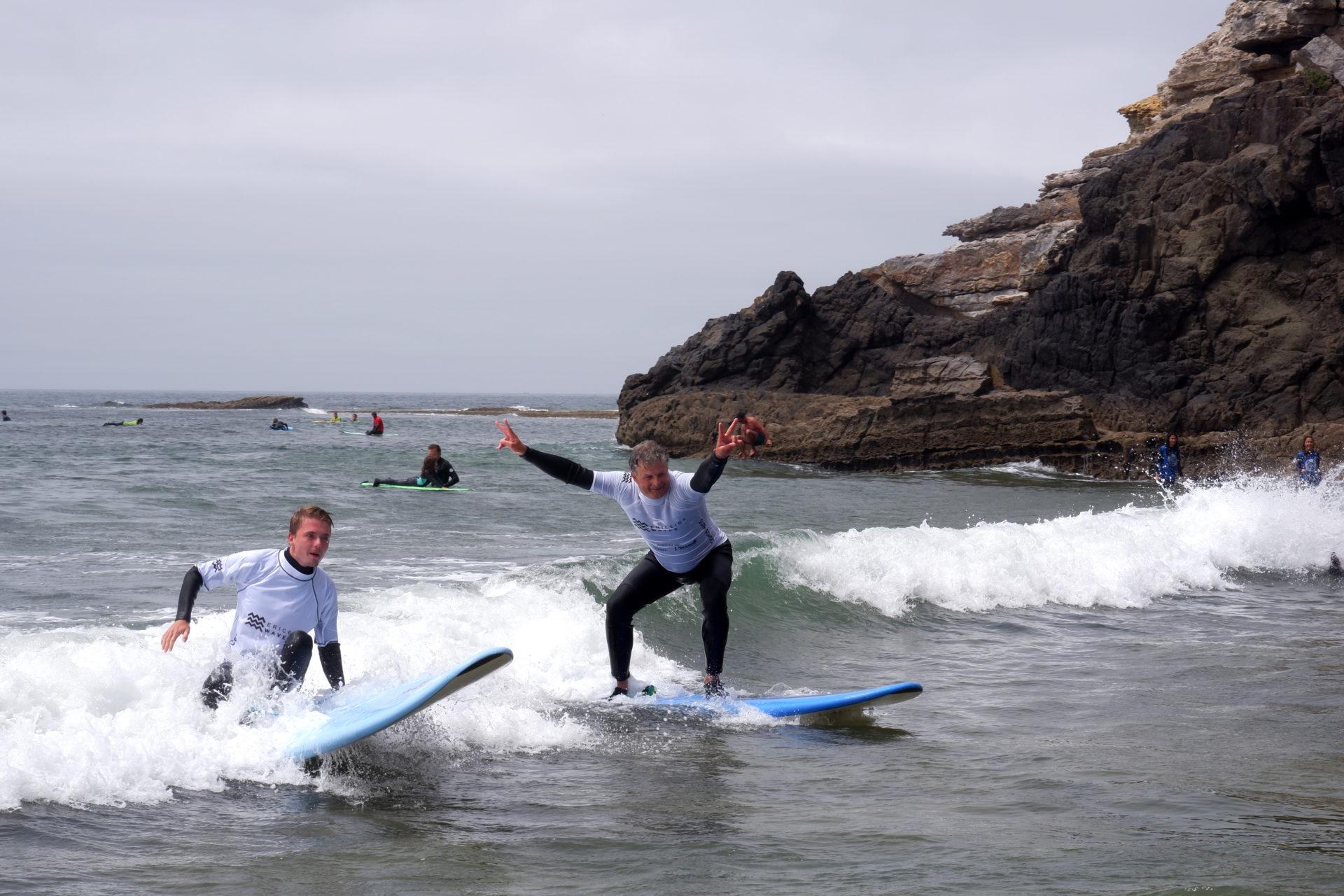 Pure Ocean - Escola de Surf