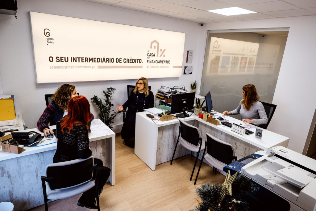 A Casa dos Financiamentos - Financial Advisors